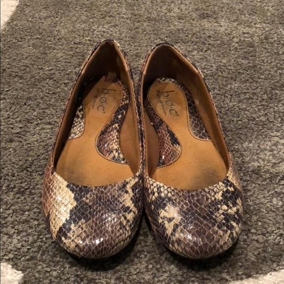 e35cf5913d3b b.o.c. Shoes - LAST CHANCE B.O.C. Faux Snake Skin Flats 6.5